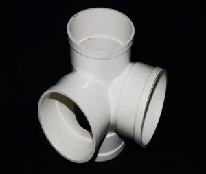 U-PVC立体四通